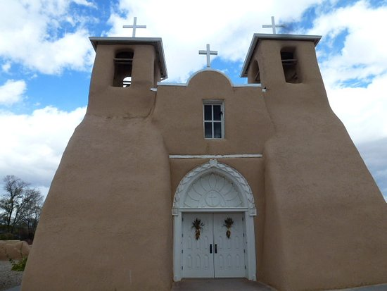 Ranchos De Taos, NM: front view of mission church