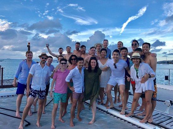 Bophut, Tayland: The group on Chris' luxury catamaran