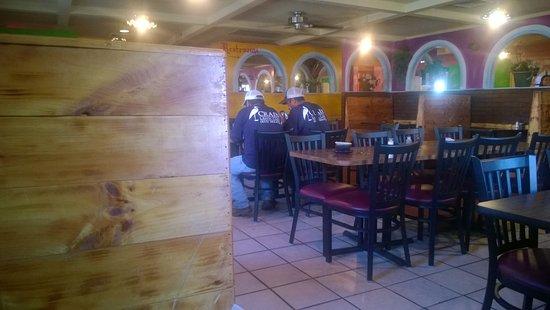 Hendersonville, TN: Inside