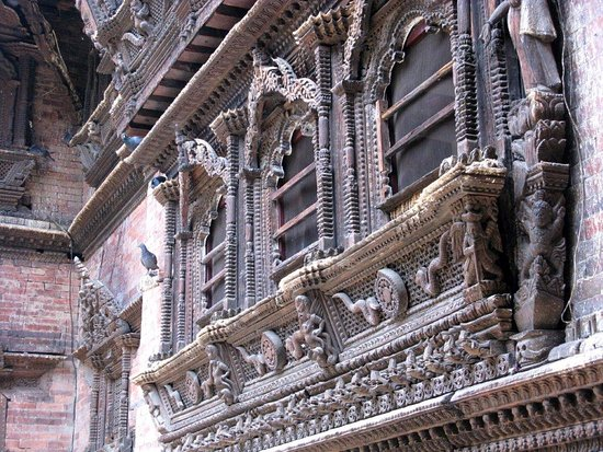Kumari Chowk: Splendida finestra intagliata
