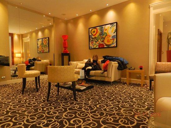 Sala di soggiorno - Foto di Atlantic Hôtel, Parigi - TripAdvisor