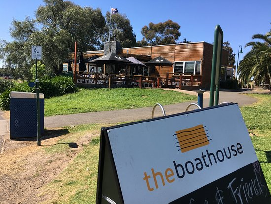 "The Boathouse: ..this is ""A must eat"""