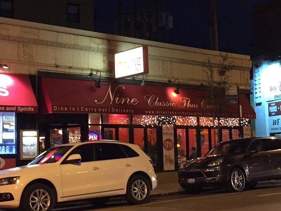 Nine Thai Restaurant Chicago Lincoln Park Restaurant