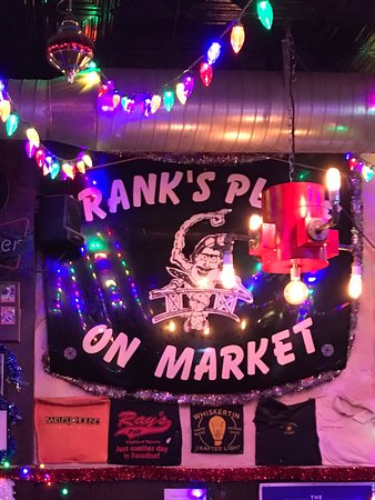 Akron, OH: Frank's Place On Market