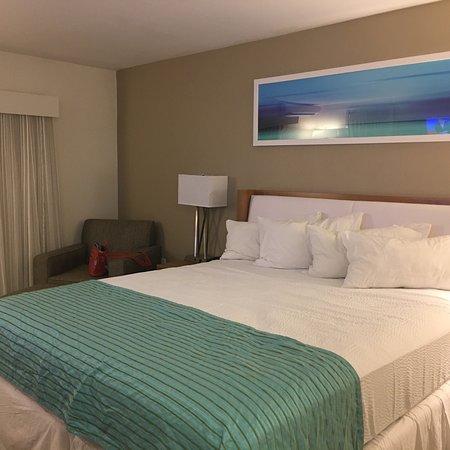 Bedroom and bathroom on 4th floor facing beach