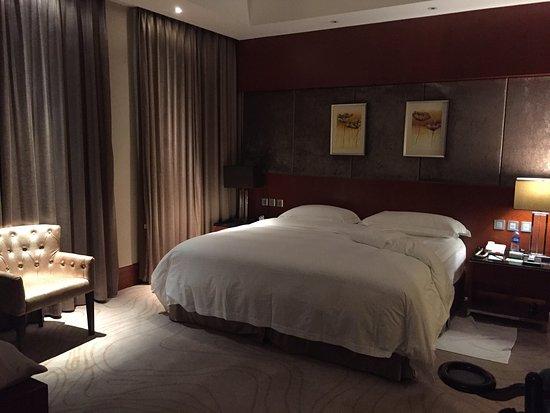Jinjiang, China: Camera da letto e bagno