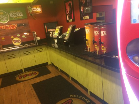 Photo of Mexican Restaurant Moe's Southwest Grill at 3670 Lorna Rd, Birmingham, AL 35216, United States