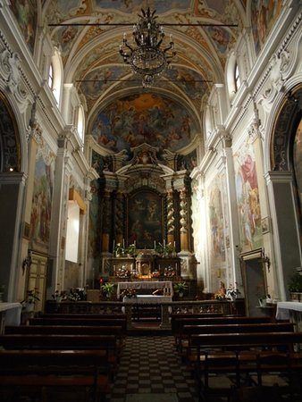 Acireale, Italia: Interno