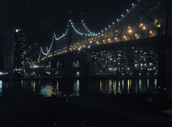 Ravel Hotel: Stunning Bridge Views