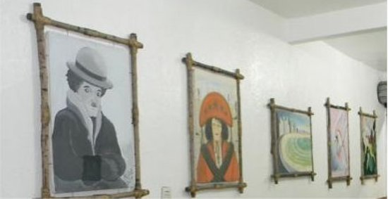 Abrantes, BA: Galeria Karlus Arte Pura