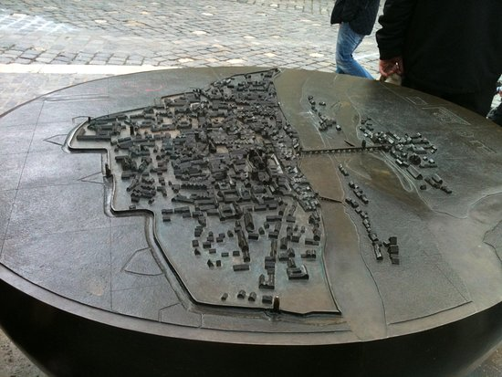 See a bronze 3D map of the old city as it was Picture of Old Stone