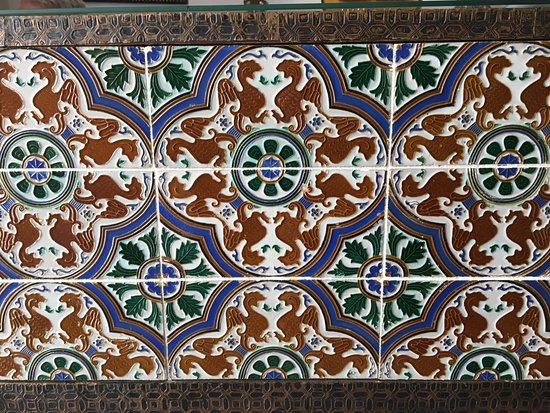 Casa Andalusí: Os belos azulejos