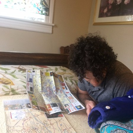 A Bed of Roses Bed & Breakfast: Emily gave us maps to help us plot our next move.