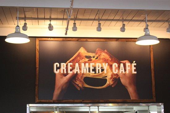 Tillamook, Oregón: Creamery Cafe Grilled Cheese Sign