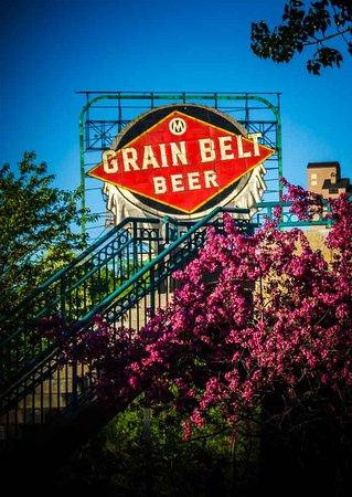 Grand Rounds Scenic Byway : Grain Belt Beer