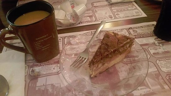 Littleton, NH: Cheesecake and coffe, nom