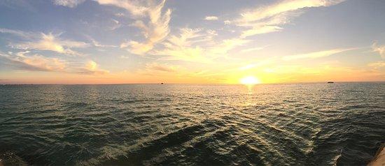 St Pete Beach Suites: photo0.jpg