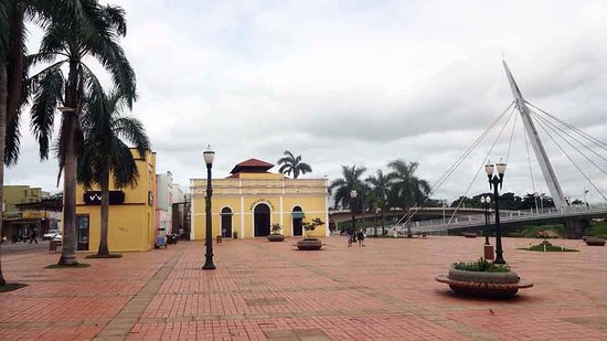 Rio Branco: Passarela Joaquim Macedo