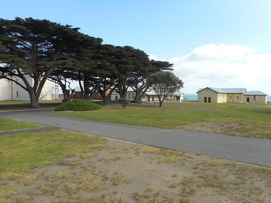 Portsea, ออสเตรเลีย: Quarantine Station buildings - ocean view