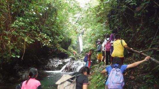 San Lorenzo Ruiz, Filippinene: Nacali Falls