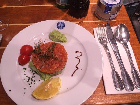 Witte: Salmon tartare