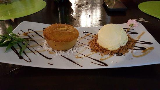 Haapiti, Polinesia Francesa: Coconut Cake