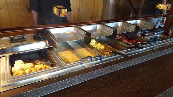 Morrilton, AR: Breakfast bar.