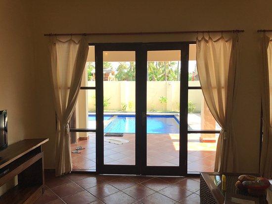 Luce d'Alma Resort & Spa: Вид на бассейн