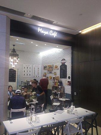 Maya Cafe Mediterranean Lifestyle: Decor