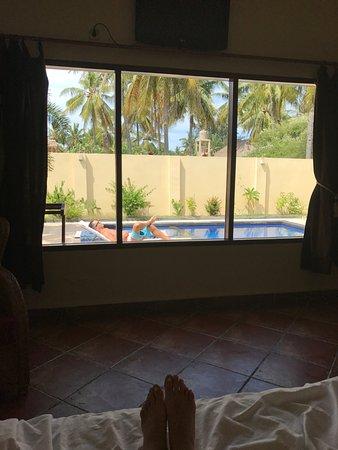 Luce d'Alma Resort & Spa: Вид на бас из спальни