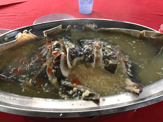 Butterworth, Malaysia: Ah Chong Seafood Restaurant is pork free restaurant, price reasonable and seafood quality is fre