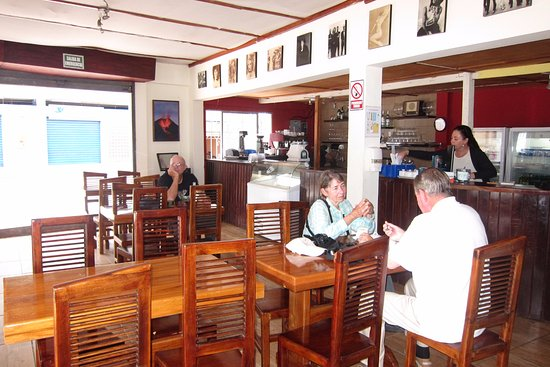 Puerto Baquerizo Moreno, Ecuador: A view inside the restaurant