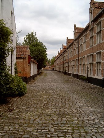 Straatje in Begijnhof Lier