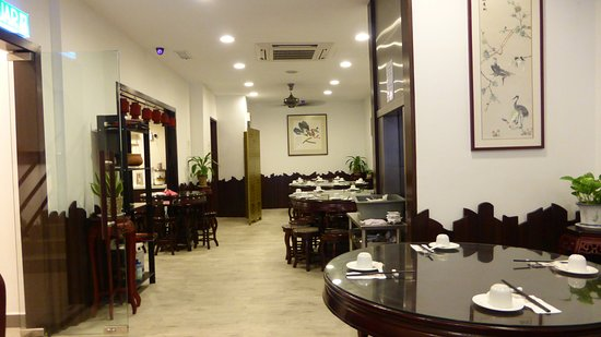 fan cai xiang vegetarian restaurant sdn bhd interior upstairs - Lift Up Stairs