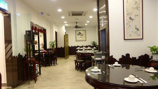 fan cai xiang vegetarian restaurant sdn bhd interior upstairs - Lift Up Stairs