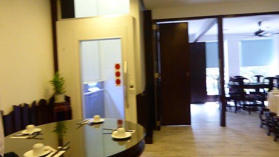 fan cai xiang vegetarian restaurant sdn bhd interior upstairs lift - Lift Up Stairs