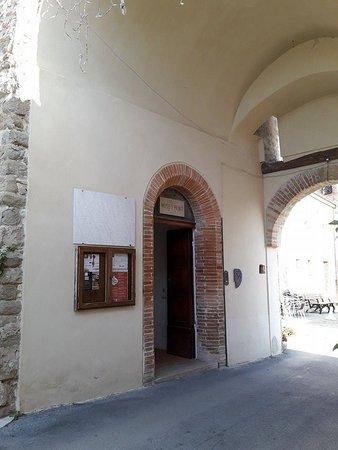 Borghi, Italy: Ingresso