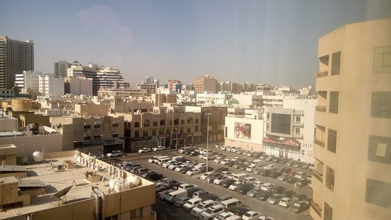 Arabian Courtyard Hotel & Spa: Room Window View in the Back Side