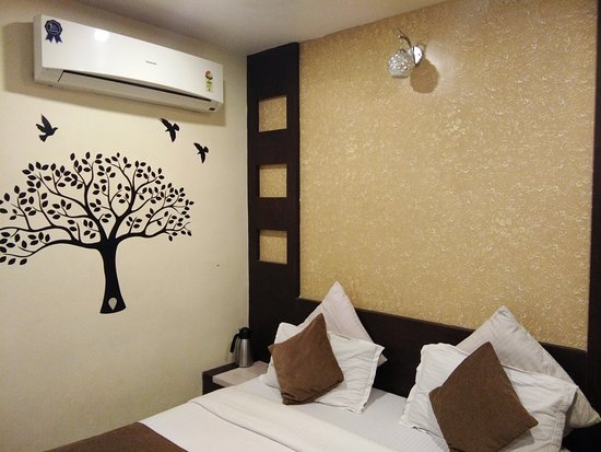 Sri Balaji Residency & Zo Rooms