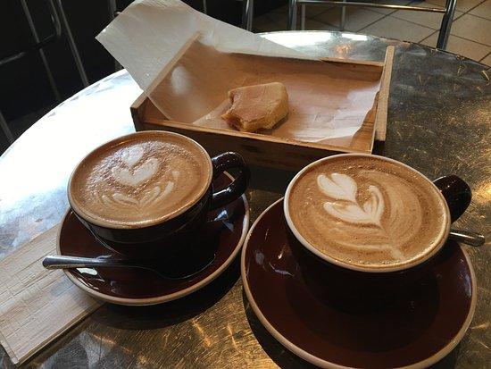 Cafe Cola'o: Excellent Cafe