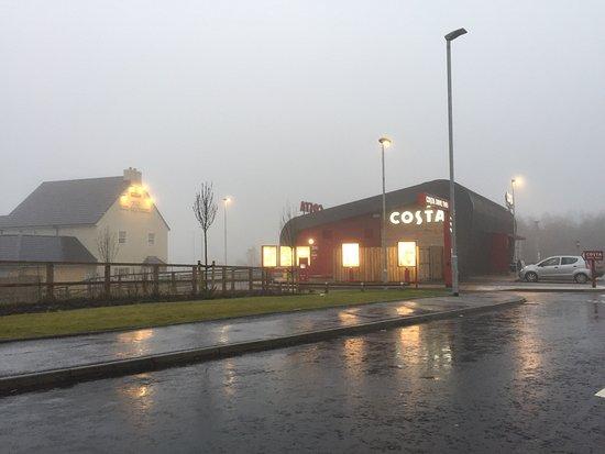 Kilwinning, UK: Costa Coffee Coffee Drive Thru
