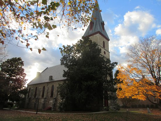 Shepherdstown, WV: Another view of the church building