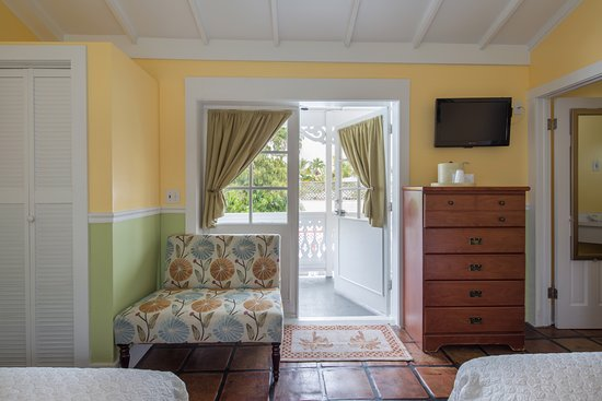 The Palms Hotel- Key West: Room With Two Double Beds, second floor with Balcony and own bathroom.