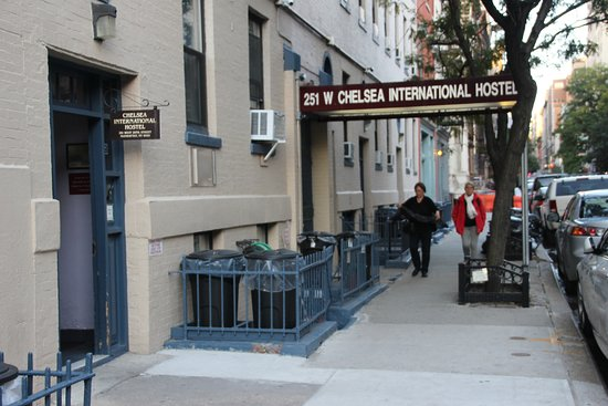 Chelsea International Hostel - Main entrance is the small sign