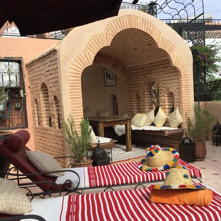 Riad Anabel: Roof terrace where breakfast and diner were usually served