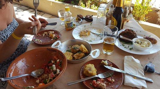 Artemida Taverna: 20160916_125152_large.jpg
