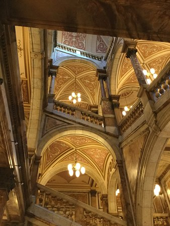 City Chambers: The marble staircase