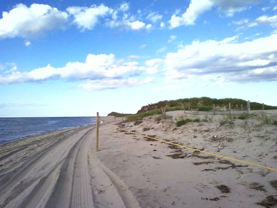 Route 6A (The Old King's Highway): Chapin Beach