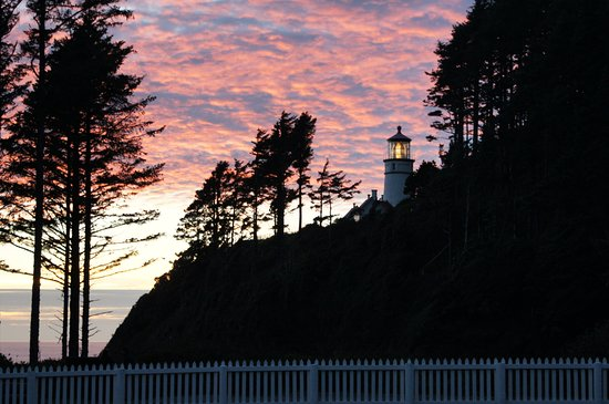 Снимок Heceta Head Lighthouse Bed and Breakfast