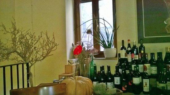 Farnese, Италия: angolo vini